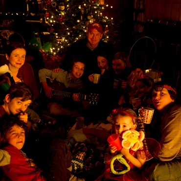 Photo - The cast having fun on set